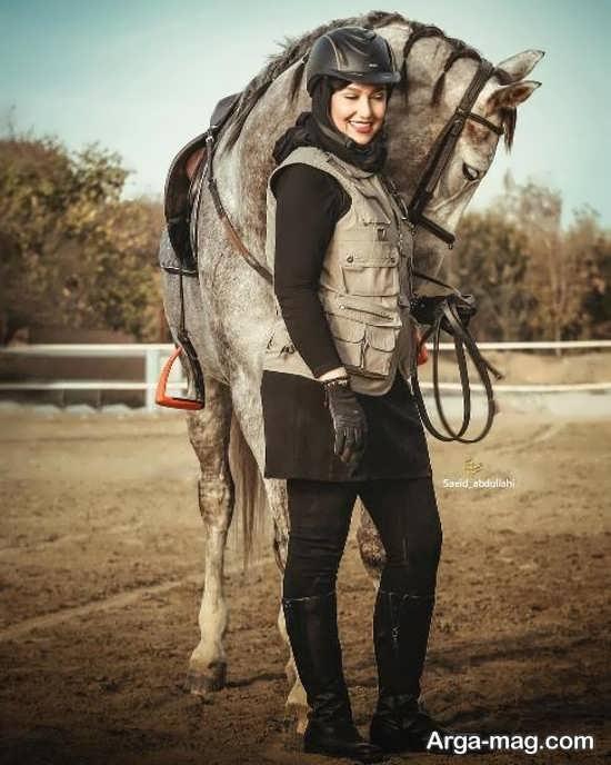 معصومه کریمی در باشگاه اسب سواری