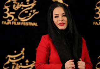 ملیکا شریفی نیا در مزون لاکچری لباس