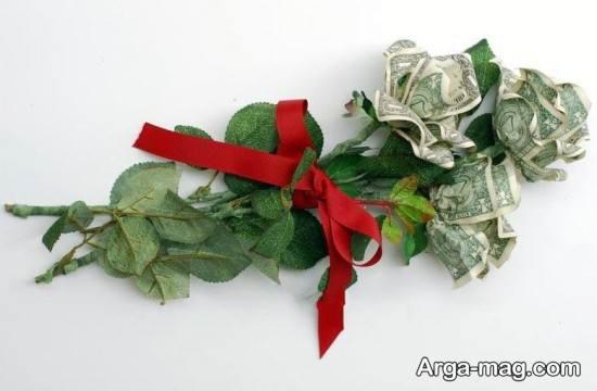 تزیین پول به شکل دسته گل