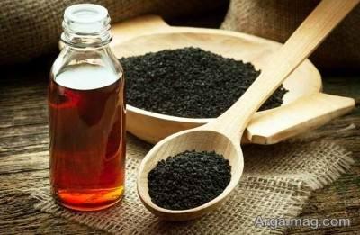خاصیت های روغن سیاه دانه برای پوست