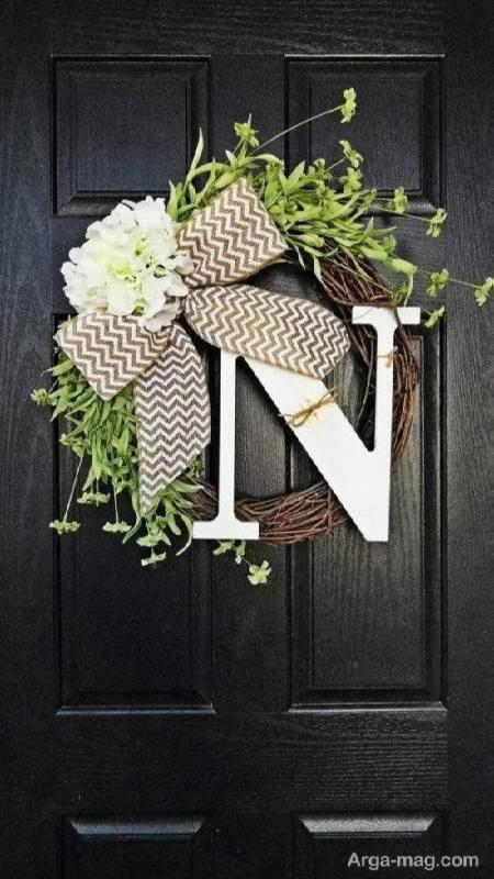 تزیین درب منزل با حروف لاتین