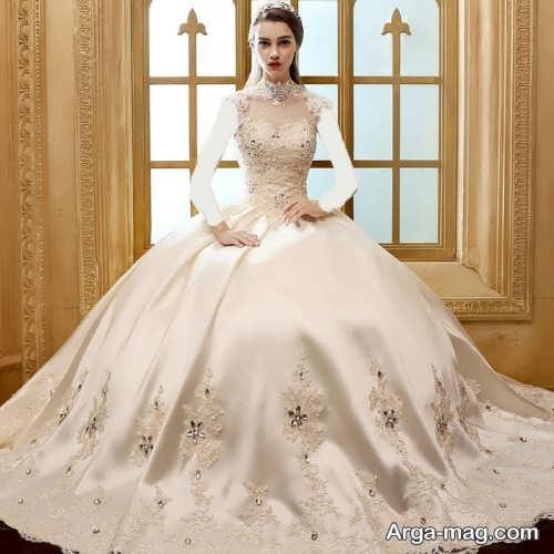 مدل لباس عروس کار شده یقه پرنسسی