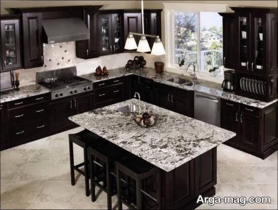 دکوراسیون آشپزخانه با تم شکلاتی