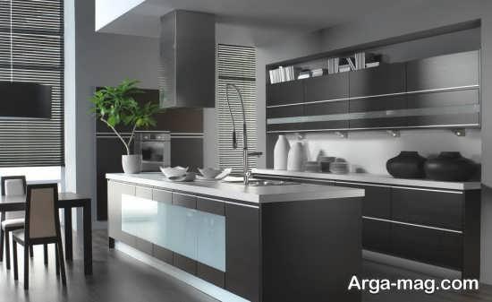 دکوراسیون شیک آشپزخانه اروپایی نقره ای