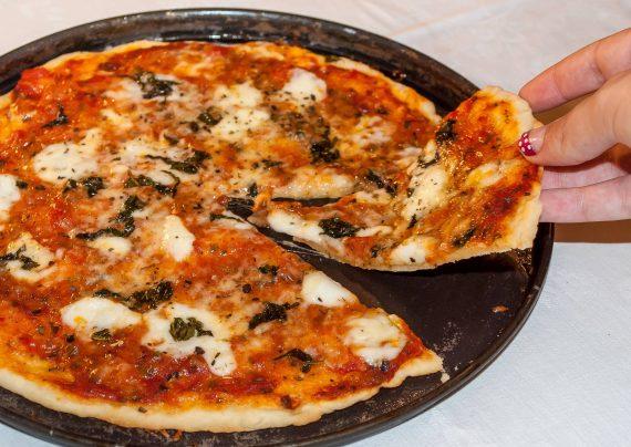 طرز تهیه پیتزا نیویورکی