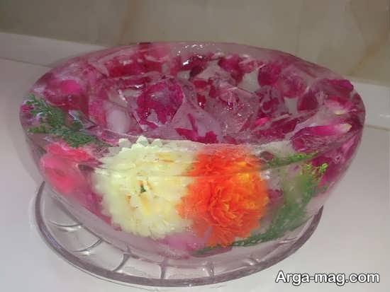 تزیین یخ کاسه ای با گلبرگ و گل