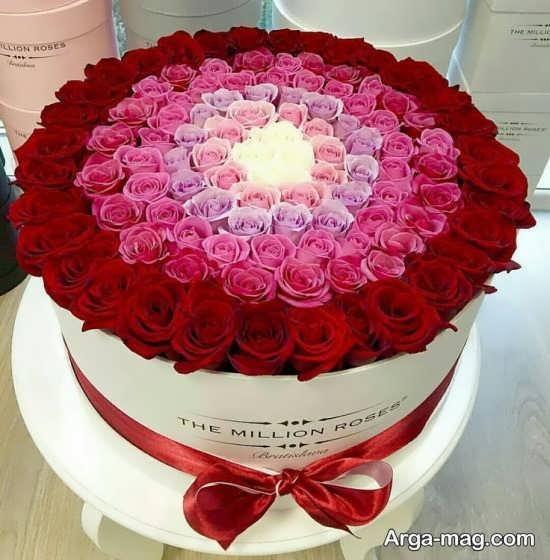 تزئین گل داخل جعبه رمانتیک