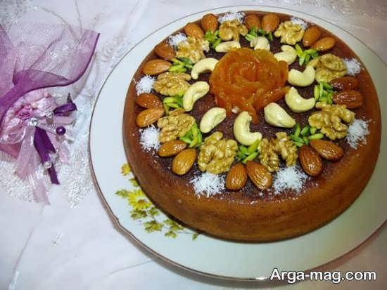 تزئین کیک با خشکبار
