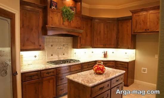 مدل کابینت آشپزخانه با تم قهوه ای