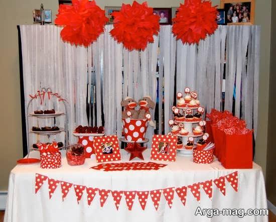 تزیین زیبا میز با تم تولد عاشقانه