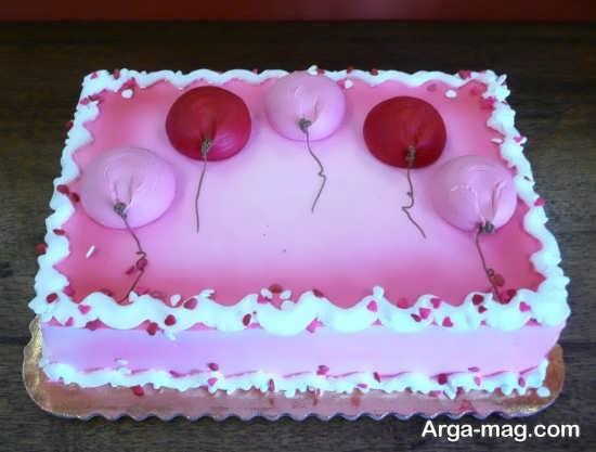تزیین زیبا کیک تولد با تم رمانتیک