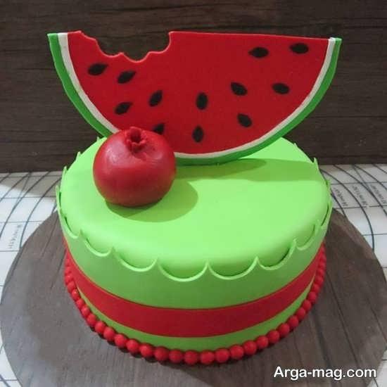 تزیینات کیک شب یلدا با شکل های به روز