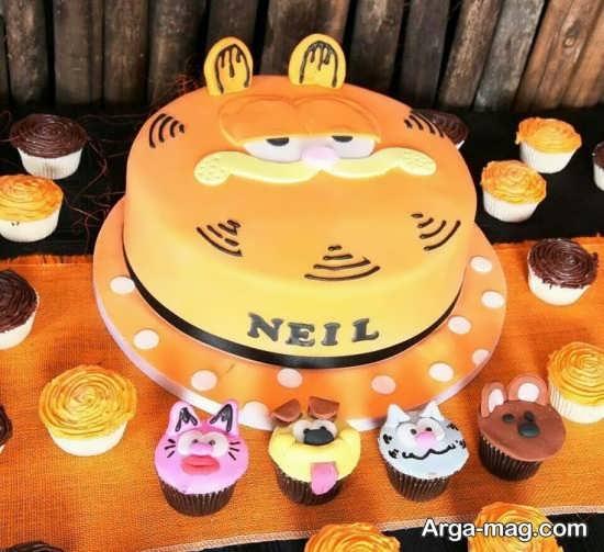 کیک با تزئین خاص و جدید
