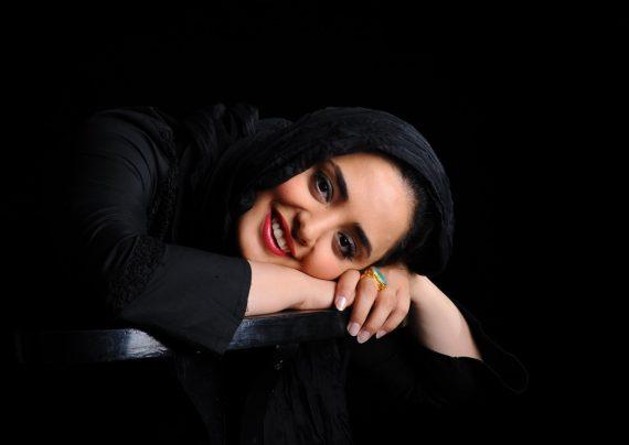 عکس های نرگس محمدی و همسرش در کنسرت امید حاجیلی