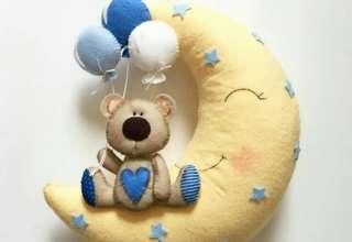 تزیین درب اتاق نوزاد با ایده روز