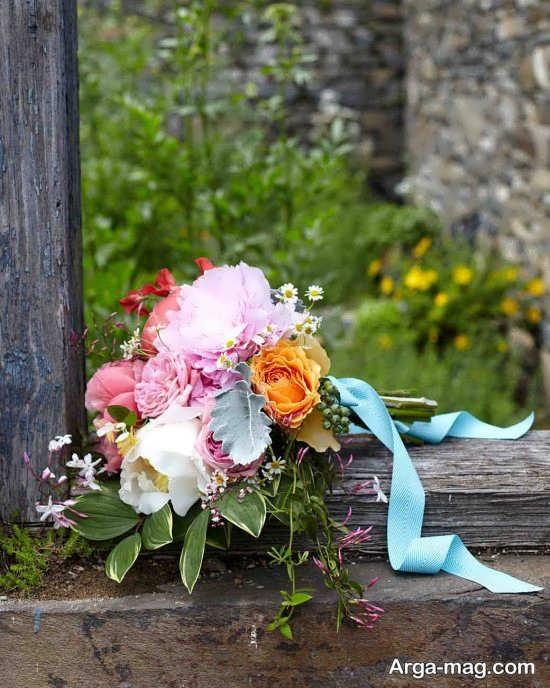 دسته گل عروس با تزیین عالی