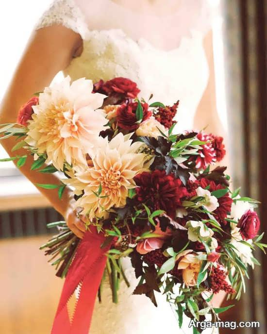 دسته گل عروس با تنوع رنگ