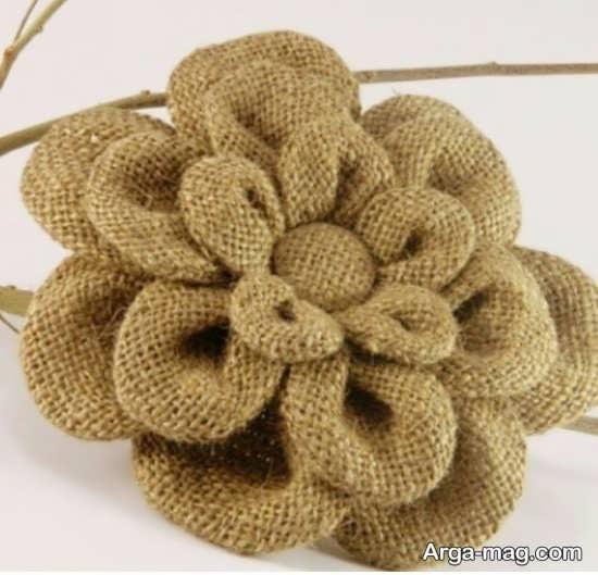 ساخت گل به شکل زیبا با گونی
