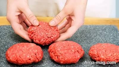 مراحل تهیه رویال همبرگر
