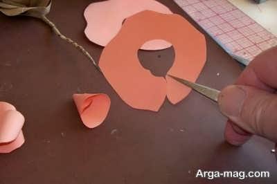 مراحل گلسازی با کاغذ مقوا
