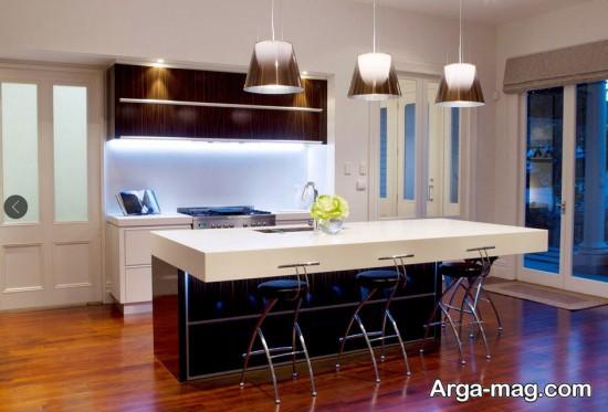 دکوراسیون آشپزخانه های مدرن با لوسترهای فانتزی
