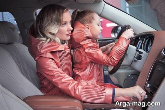 [تصویر:  Mother-and-daughter-coat-15.jpg]