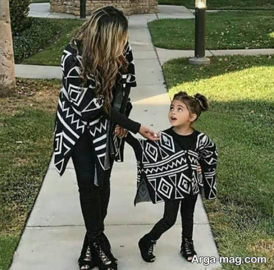 [تصویر:  Mother-and-daughter-coat-3.jpg]