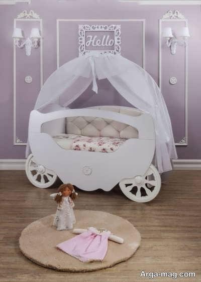 تزیین ساده و شیک تخت نوزاد