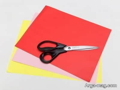 کاغذ رنگی برای ساخت کلاه تولد