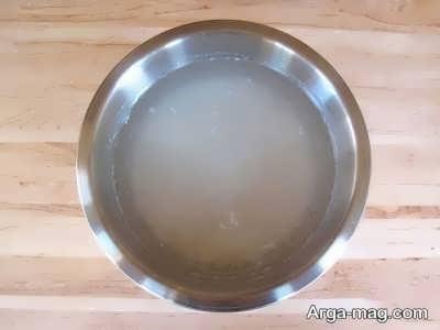 خیس کردن برنج در آب