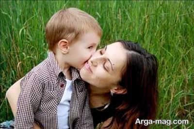 نقش مادر در تربیت پسر