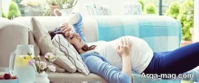 نحوه صحیح نشستن و ایستادن در بارداری