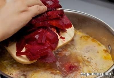 اضافه کردن چغندر به سوپ