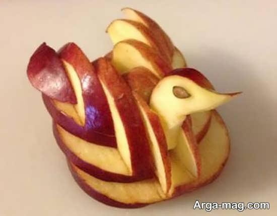 سیب آرایی به شکل قو