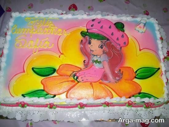کیک تولد با تزئین خاص
