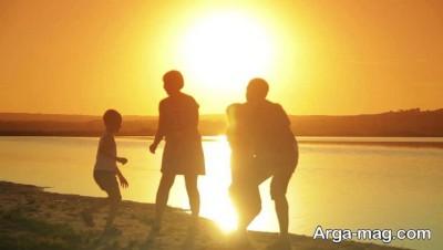 داشتن خانواده صمیمی لازمه ی خوشبختی
