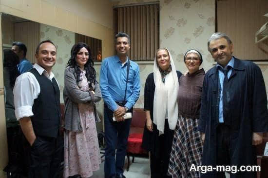عادل فردوسی پور در کنار بازیگران
