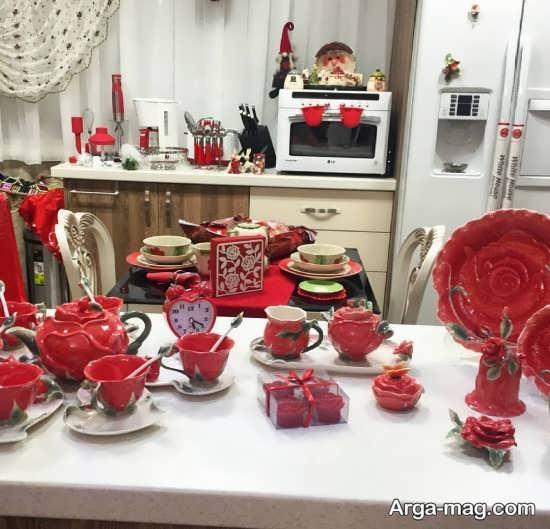 چیدمان عالی آشپزخانه با تم قرمز