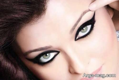 آرایش چشم گربه ای
