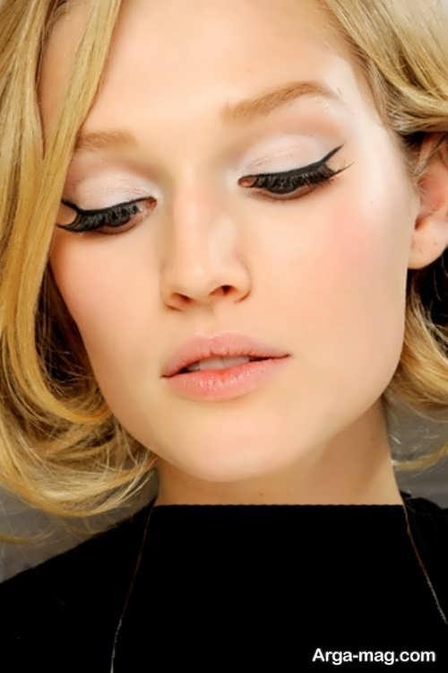 مدل میکاپ چشم گربه ای زنانه