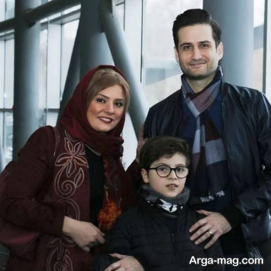 پویا امینی و خانواده اش