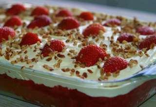 طرز تهیه کیک یخچالی ساده