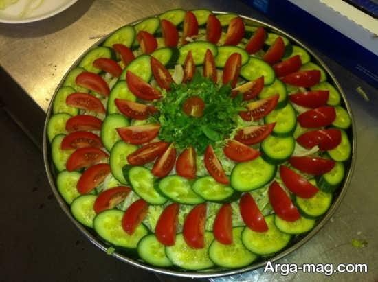 تزیین سالاد گوجه و خیار