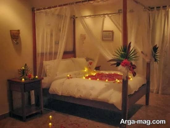 تزیین تخت عروس با شمع و گل