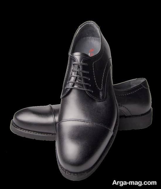 کفش ساده و مشکی چرم مردانه