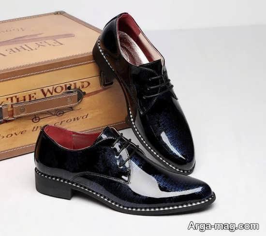 کفش براق مردانه برای استایل شیک