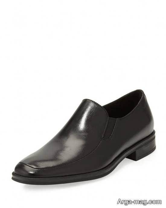 کفش ساده و راحتی مردانه