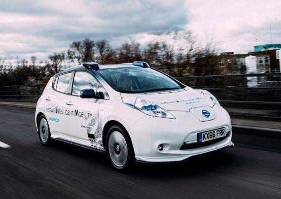 موفقیت آزمایش اتومبیل های خودران در شرایط برفی