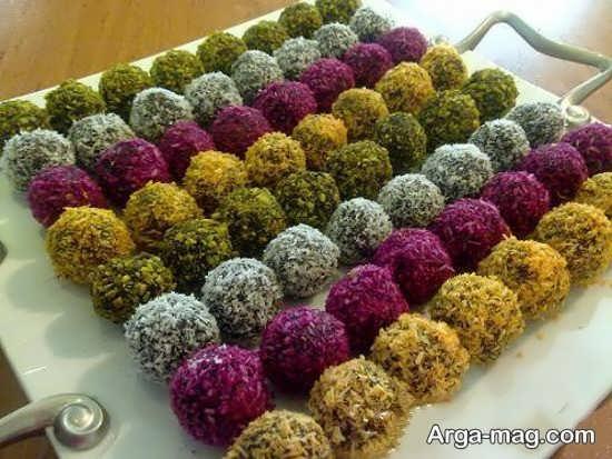 تزیین خرما با پودر نارگیل برای مراسم مذهبی مختلف