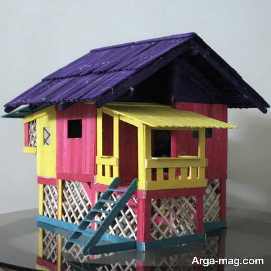 رنگ آمیزی خانه چوبی